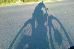 Stínový-moped-
